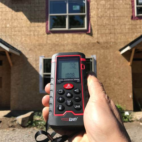 measuring window height with pythagorean mode on ennologic laser distance meter eD560L