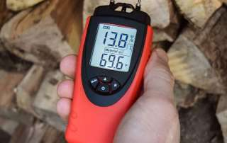 eH710T ennoLogic moisture meter in Hold mode