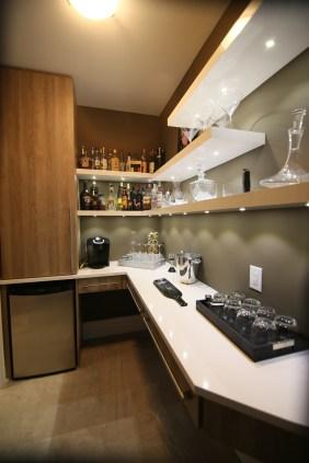 bar-4