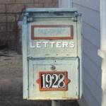 海外で見つけた、あるお宅の郵便受けのセンスが素晴らしいwww