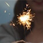 雨でアスファルトに反射したコレを「線香花火」に例えるセンス😳