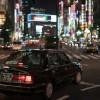 「普段なら絶対あり得ない…」夜8時の新宿駅で非常に珍しい光景が目撃される😨