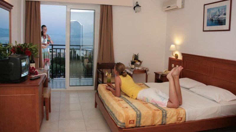 Скрытые камеры в отелях Турции: камеры в номерах и для чего они нужны. Где устанавливают камеры в отелях Турции, есть ли скрытые камеры видеонаблюдения в номерах и для чего они нужны руководству отеля. https://slike.traveldiskont.com/offers/1452/semiramis-village-9.jpg?v=123