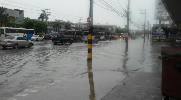 Chuva causou transtornos (Foto: Manaustrans/Divulgação)