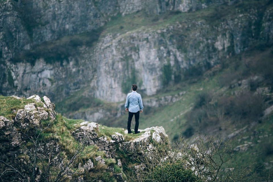 voyager seul solo avantage paysage bienfait vie
