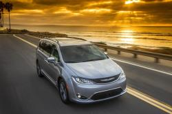 Chrysler Pacifica Hybrid May Be The Perfect Minivan