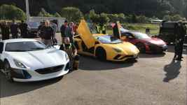 Video: Gas vs. Electric vs. Hybrid Supercar Showdown