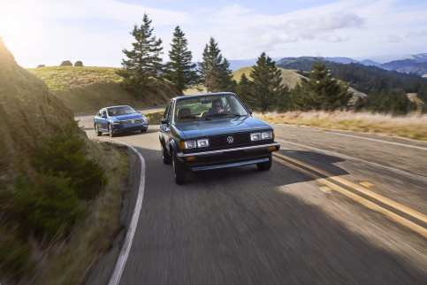 1982_and_2019_Jetta-Small-8212