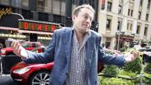"""Elon Musk to Fire All Contractors Not """"Personally Vouched For"""""""