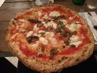 Pizza con Melanzane a funghetto