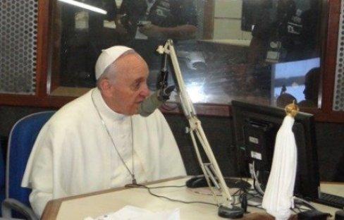 Papa Francesco in radio