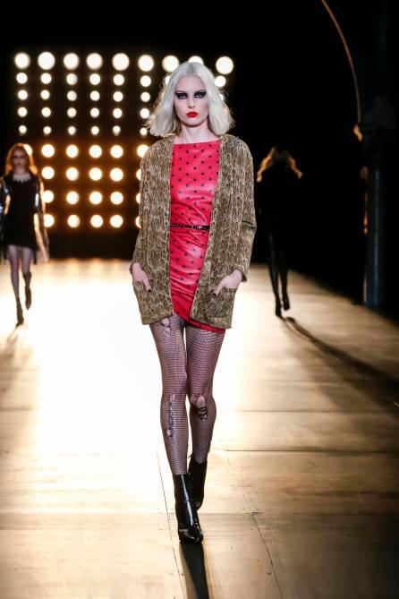 Saint-Laurent-Fall-Winter-2015-16-Women-Collection-Paris-Fashion-Week