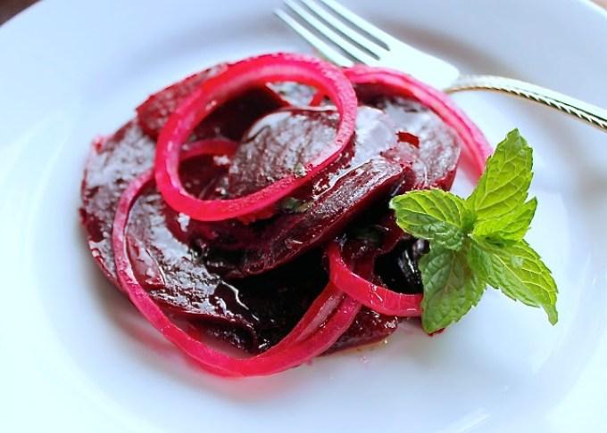 beet salad with mint vinaigrette