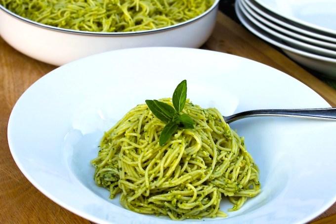 Vermicelli with pesto alla Genovese