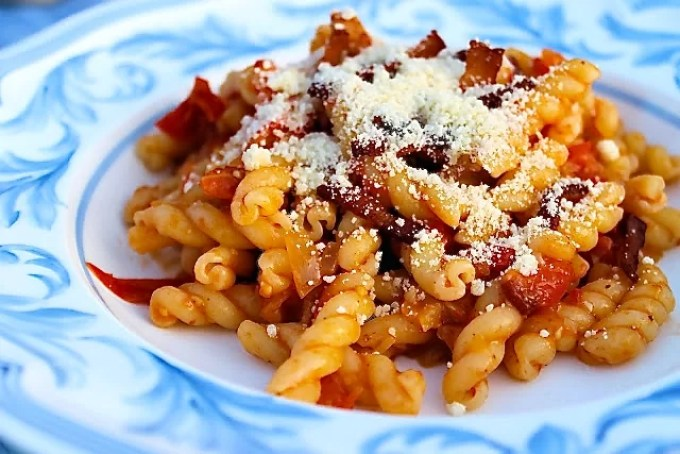 Pasta all'amatriciana - SAVOIR FAIRE by enrilemoine