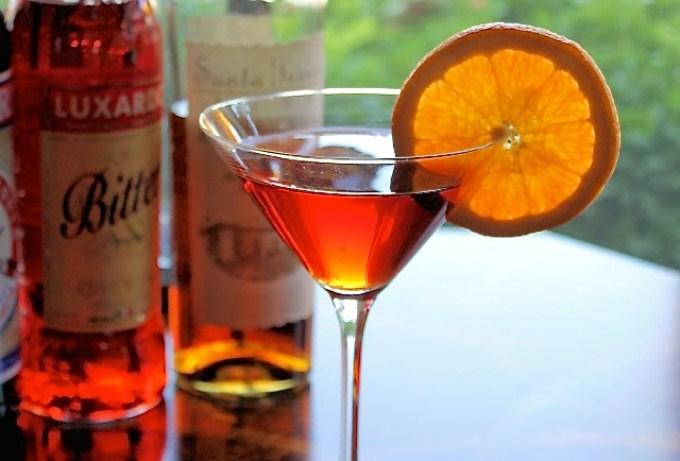 El Negroni de la Hacienda, negroni, negroni en copa de martini