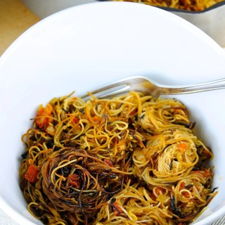 Sopa seca de fideos con chipotle