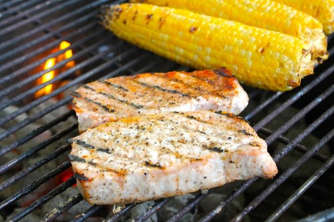 grilled boneless pork chops, grilling, pork, pork chops. boneless pork chops, corn on the cob