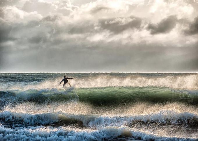 Irma, playa, olas, surfista, Vanessa Guillén Drija