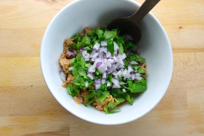 ensalada para hacerPlátanos rellenos con atún y jalapeño