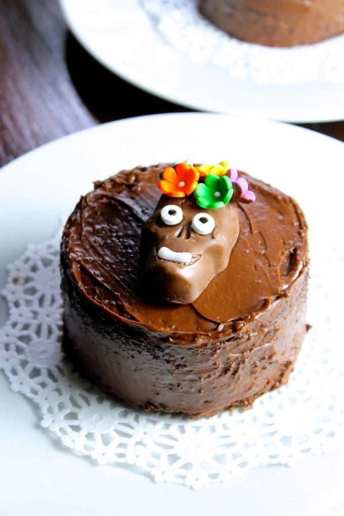 mini pastel de chocolate para el día de muertos, mini pasteles de chocolate para el día de muertos