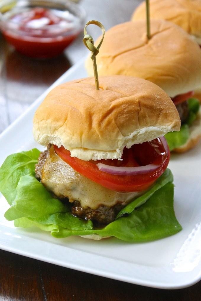 mini hamburguesas con queso