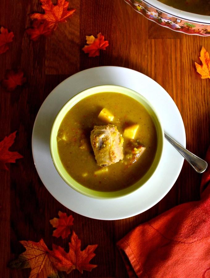 Split pea soup with pork ribs - SAVOIR FAIRE by enrilemoine