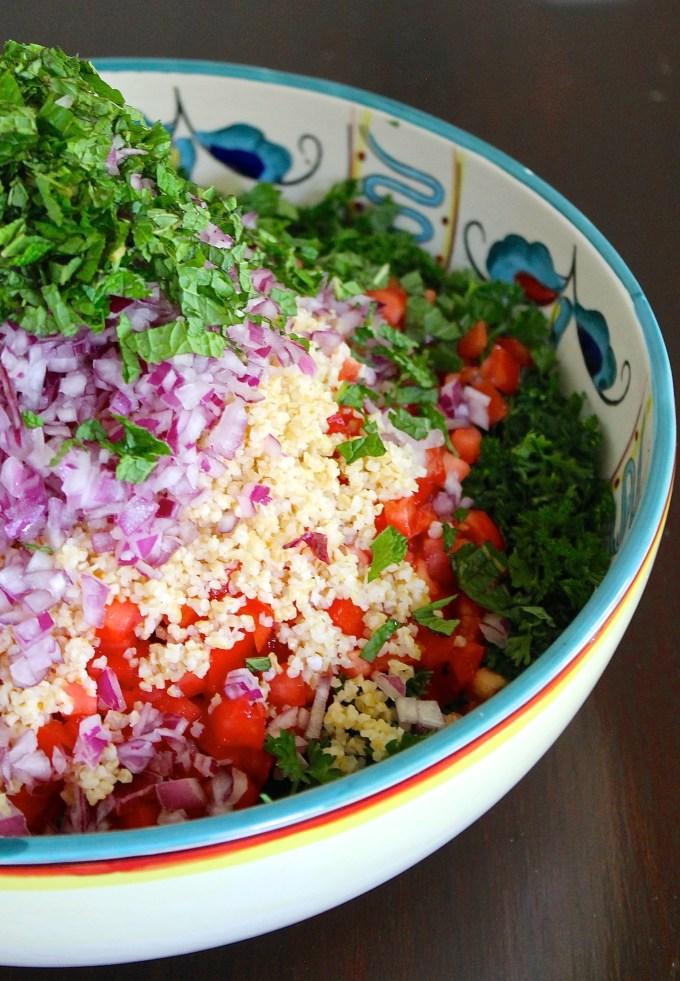 Tabbouleh ingredients by enrilemoine