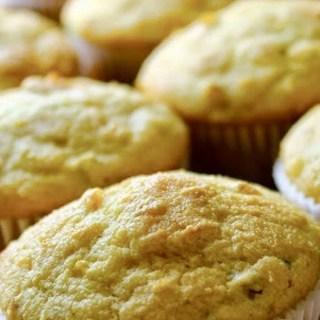 Muffins de pan de maíz con jalapeño