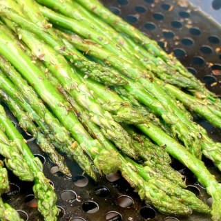 Grilled Asparagus with Truffle Oil
