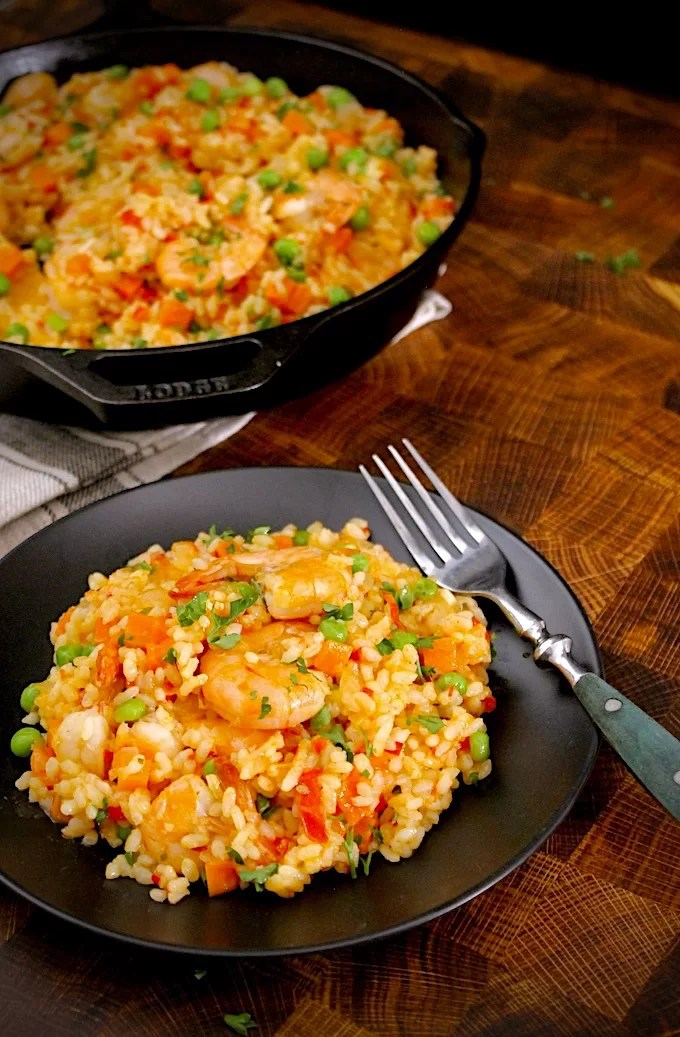rice with shrimp ready to be eaten