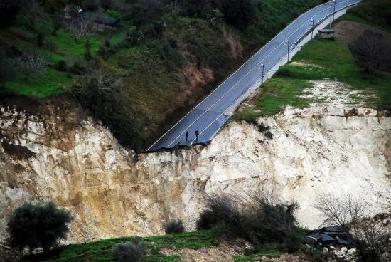 2010-02-16-Maierato-landslide