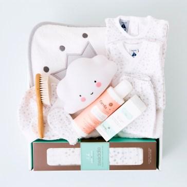 caja de regalo para bebé de Enriqueta Regala Bonito