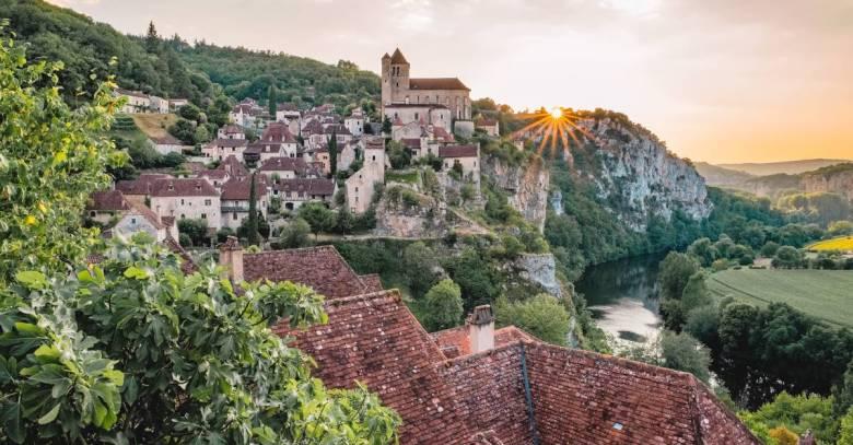 saint cirq lapopie village