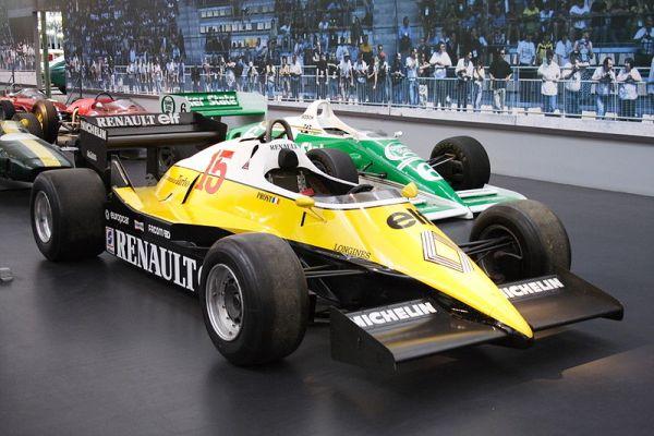 Renault en la F1 - El RE 40