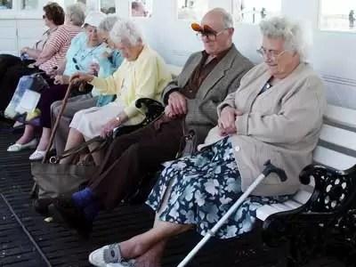 Gobierno solo auxilia el 3% de los  envejecientes