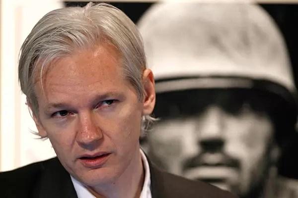 """WikiLeaks publica """"millones"""" de mails de firma de espionaje de EEUU"""