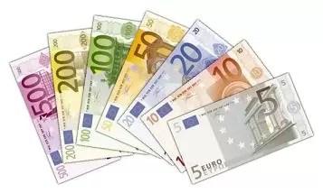 Un desconocido regala en sobres  190.000 euros en Alemania