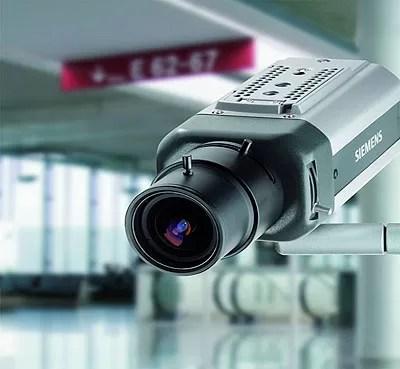 Policía Nacional instala cámaras en las calles de Santo Domingo para vigilar delincuencia
