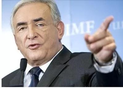 Strauss-Kahn preso para investigación por «complicidad de proxenetismo