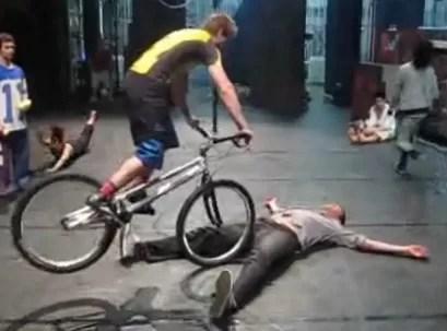 Permitiría usted este truco con su cuerpo (video)