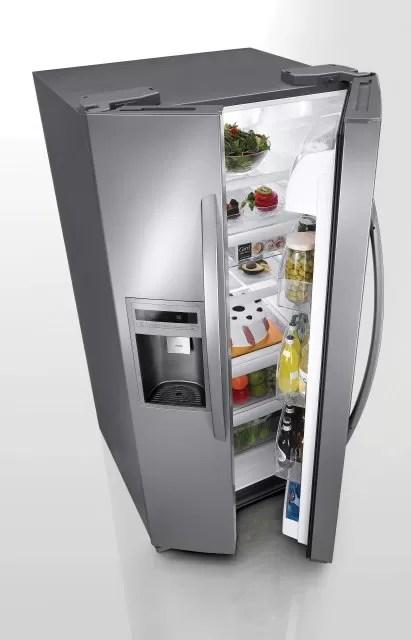 Presentan en EEUU refrigerador que enfría botellas y latas en pocos minutos