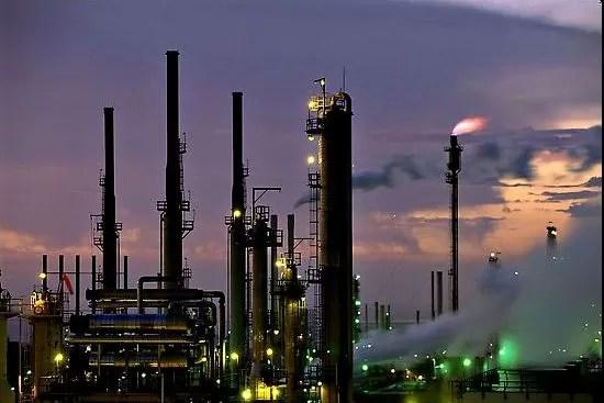 El petróleo  cerró en baja a USD 44,74 el barril en Nueva York