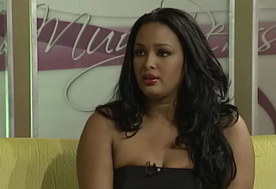 Venya Carolina quiere le sea removido el impedimento de salida del país