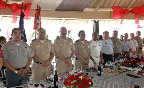 """Militares unificados para """"blindar la nación"""" contra el crimen organizado, el narcotráfico y la delincuencia"""