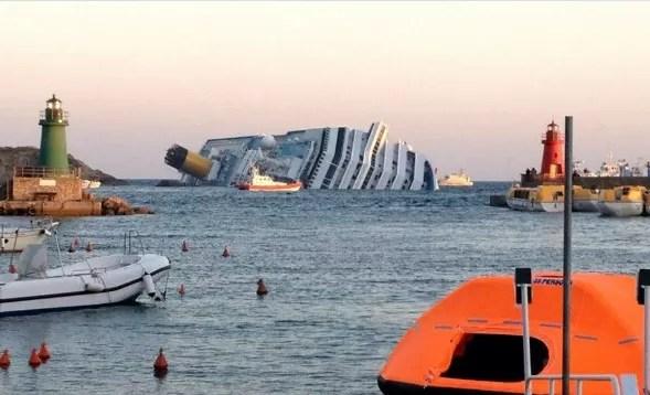 """Pasajeros del """"Costa Concordia"""" recibirán indemnización de 11.000 euros"""