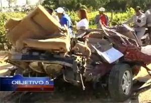 Jeepeta se rompe en 2 en accidente y el conductor sale ileso (video)