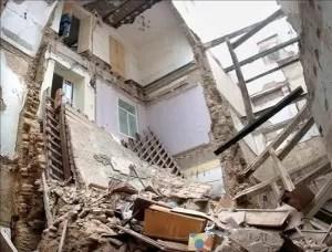Dos menores resultaron heridos tras desplomarse techo