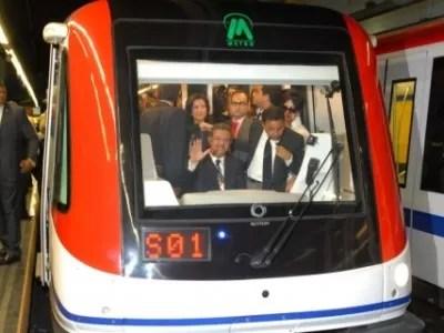 Presidente Leonel  Fernández realizó un recorrido por  la segunda línea del Metro de Santo Domingo