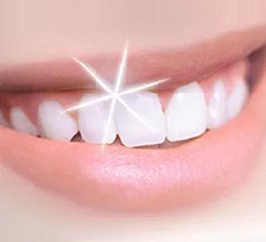 4 alimentos que blanquean tus dientes naturalmente